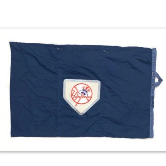 Pottery Barn Teen Yankees Baseball Sham Pillowcase
